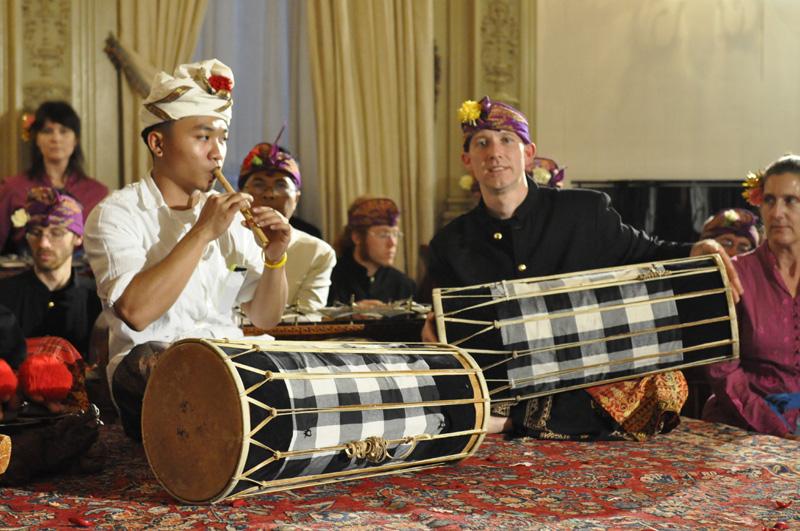 Gamelan Raga Kusuma performing at the Indonesian Embassy. Photo by Ron Karnes.